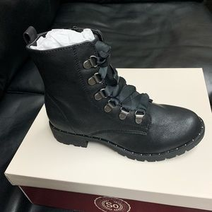 SO® Sugarmaple Women's Combat Boots sz 5
